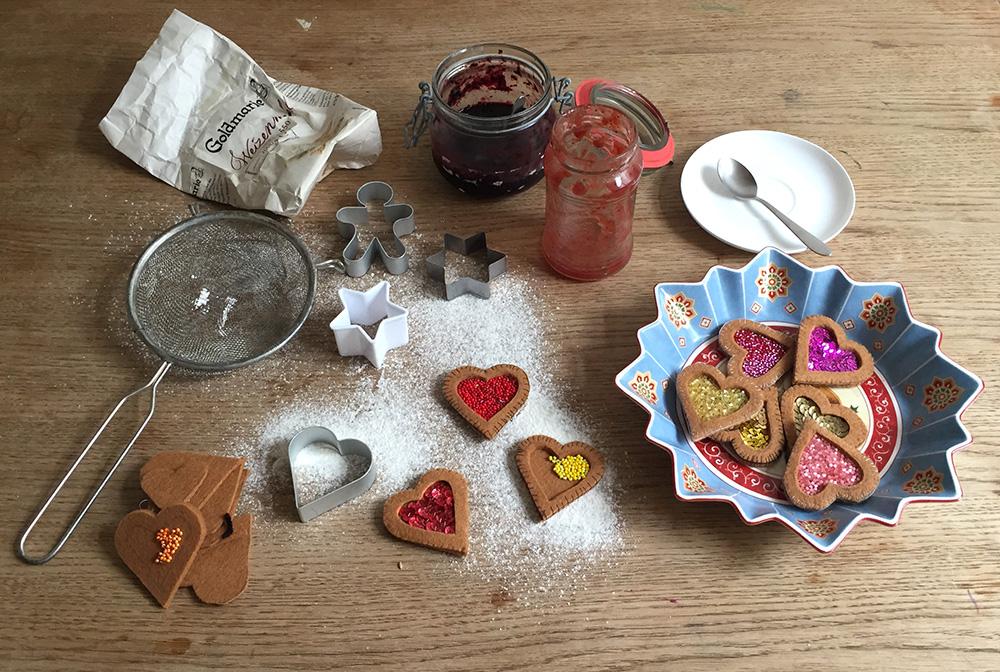 Plätzchen aus Filz für Weihnachten nähen, Filz Ornament Plätzchen Kuchen Vorlage, Weihnachtsplätzchen aus Filz nähen,