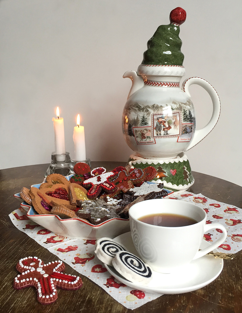 besonderes Gebäck für die Kinderküche nähen, Plätzchen aus Filz nähen, Filz Ornament als Geschenk für Kinder,