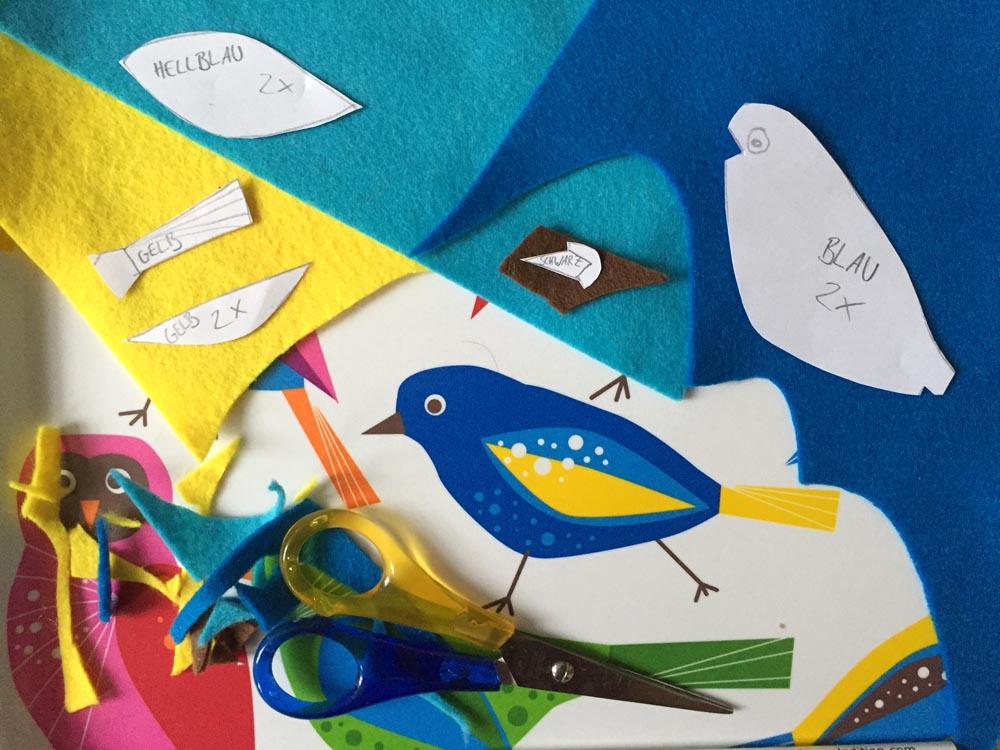 schöne Sachen aus Filz nähen, Schnittteile für Filz Ornament, Schnittmuster selber zeichnen, schönen Vogel aus Filz nähen, kostenlose Anleitung zum Selber machen,